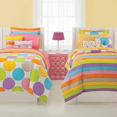 Spot On Ensemble Comforter Set
