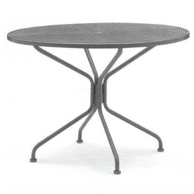 Woodard Briarwood Round Umbrella Dining Table