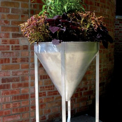 MuNiMulA Planter with Stand
