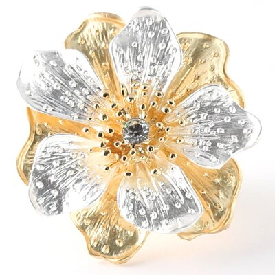 Goldtone Multi Petal Flower Stretch Ring