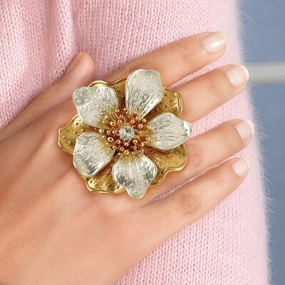 Palm Beach Jewelry Goldtone Multi Petal Flower Stretch Ring