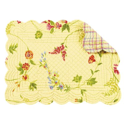 C & F Enterprises Priscilla Quilted Scallop Placemat