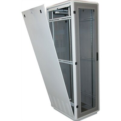 "Quest Manufacturing 400 Series 24"" D Server Rack - 28RU"