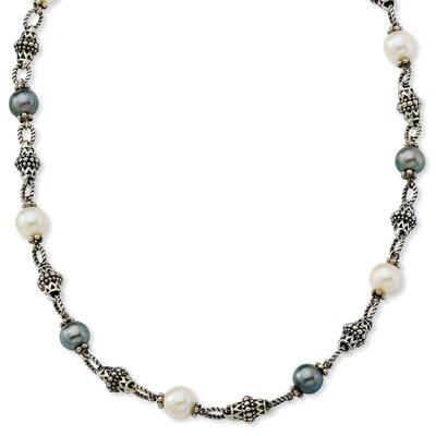 Sterling Silver Freshwater Cultured Black and White Pearl 18.25inch Necklace