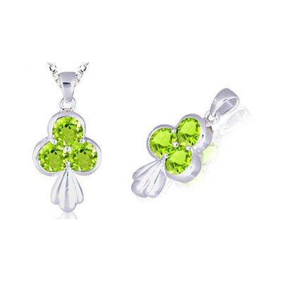 Oravo Round Cut Peridot Three Stone Pendant in Sterling Silver