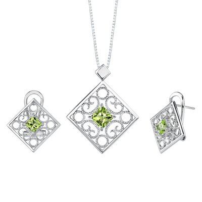 3.25 carats Princess Cut Peridot Pendant Earrings Set in Sterling Silver