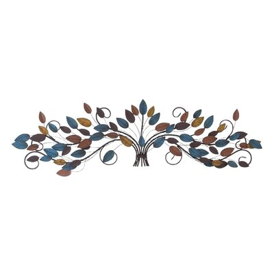 Woodland Imports Metal Wall Décor