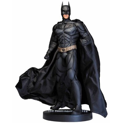 Diamond Selects DC Dark Knight Rises Batman 1/6 Scale Icon Statue