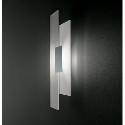 Itre Avenue Wall Lamp