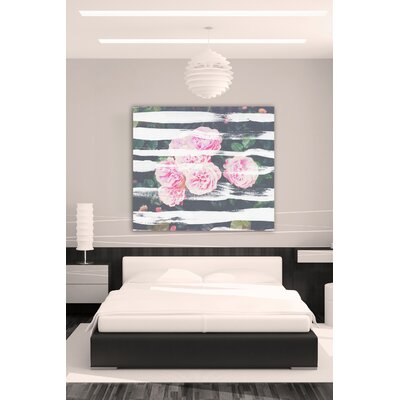 """One Bella Casa """"Blooming Strokes"""" Graphic Art on Canvas"""