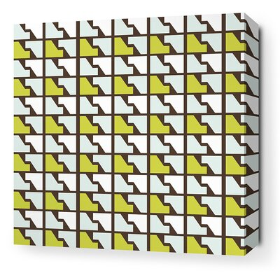 Estrella Faux Houndstooth Stretched Graphic Art on Canvas in Grass