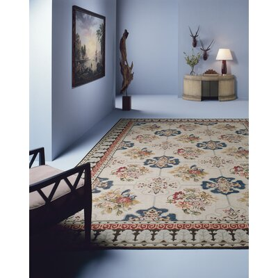 Asmara, Inc. Fresco Needlepoint Canterbury Cream Floral Rug