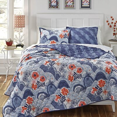 Hills & Valleys Quilt Set