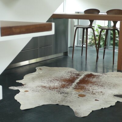 Pure Rugs Natural Cowhide Brown Freckles Rug