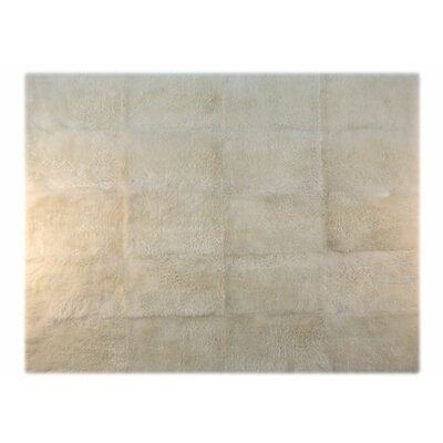 Pure Rugs Patagonia Sheepskin Natural Ivory Rug