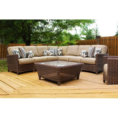 Del Ray Sectional with Cushions