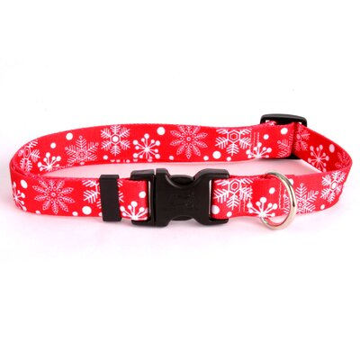 Yellow Dog Design Red Snowflakes Standard Collar