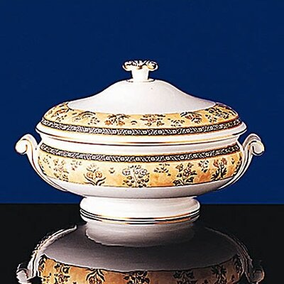 Wedgwood India 48 oz. Covered Vegetable Dish