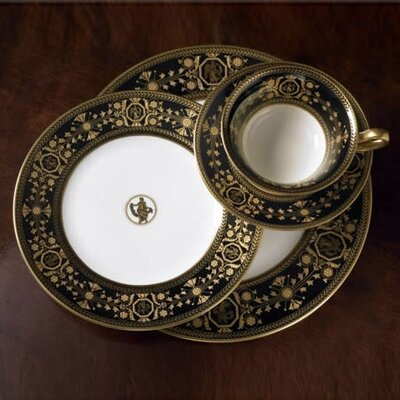 Wedgwood Black Astbury 5 Piece Place Setting