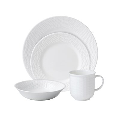 Nantucket Basket 4 Piece Place Setting
