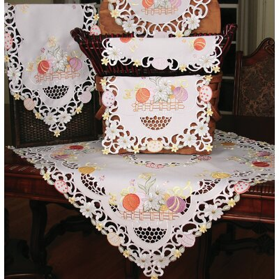 Country Egg Dining Linens Collection