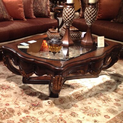 Benetti's Italia Abrianna Coffee Table Set