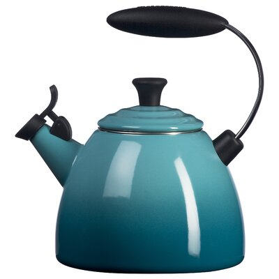 Le Creuset 1.5-qt. Halo Tea Kettle