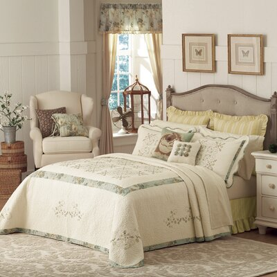 Vintage Treasure Bedding Collection