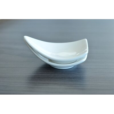 "Tannex White Tie 3.50"" Mini Triangular Dish"