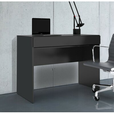 Nexera Avenue Desk