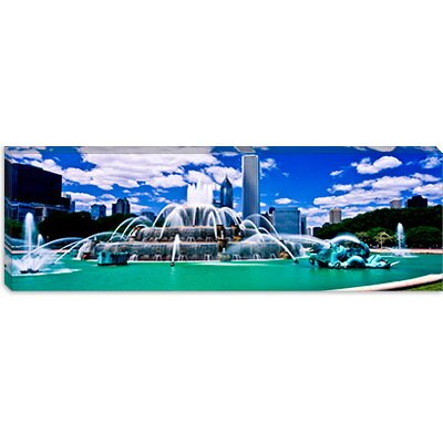 iCanvasArt Buckingham Fountain in Grant Park, Chicago, Cook County, Illinois, Canvas Wall Art