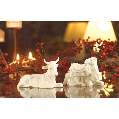 Belleek Holiday Manger Set (Set of 3)