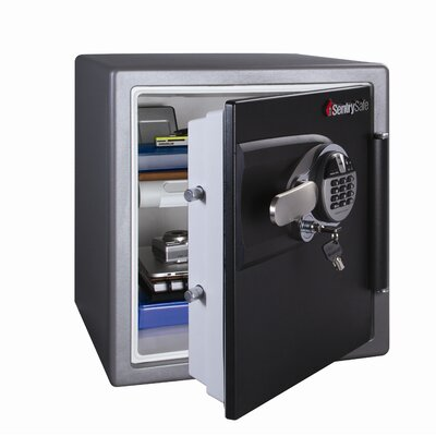 Sentry Safe 1 Hr Fireproof Biometric Lock Security Safe