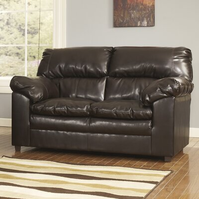 Cloverton Loveseat