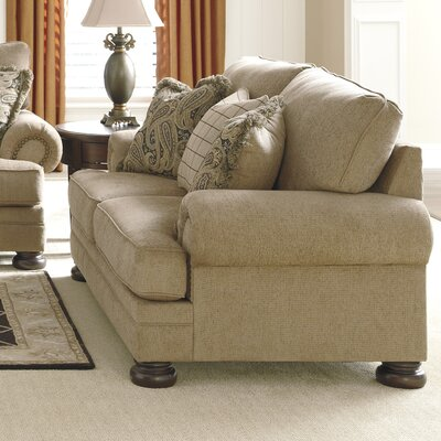 Dozier Loveseat