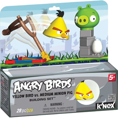 K'NEX Angry Birds Yellow Bird and Medium Minion Pig Building Set