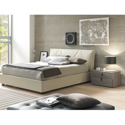 Creative Furniture Esprit Queen Platform Bedroom Collection