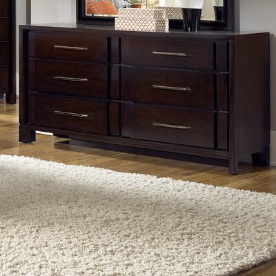 Pulaski Furniture Amaretto 6 Drawer Dresser