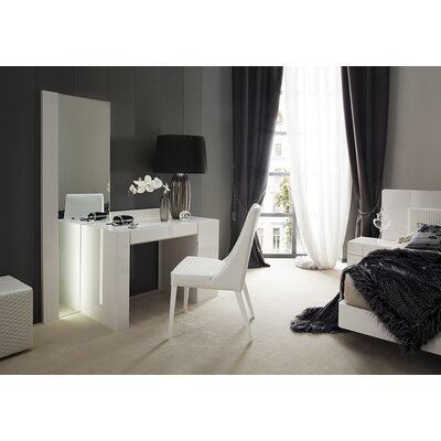 Rossetto USA Domino Vanity Set with Mirror