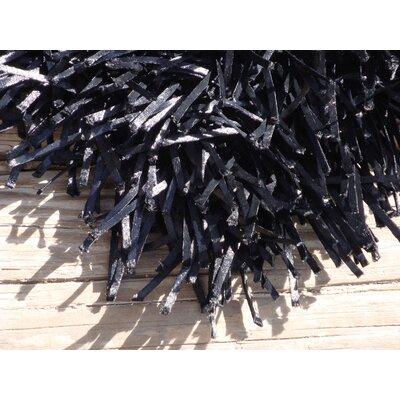 Foreign Accents Elementz Fettuccine Black Rug