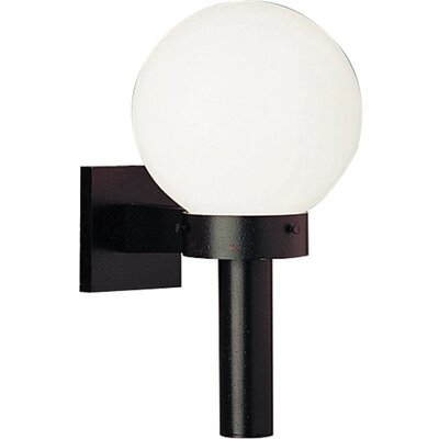Progress Lighting Cast Aluminum Incandescent 1 Light Globe Outdoor Wall Sconce