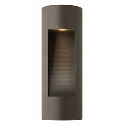 Hinkley Lighting Luna Outdoor Wall Lantern