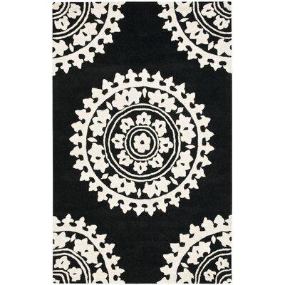 Safavieh Soho Black/Ivory Rug