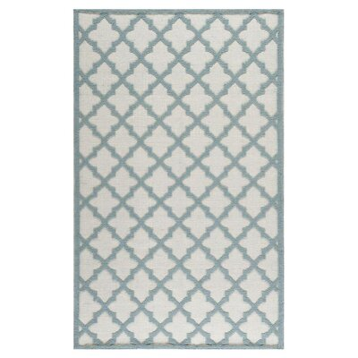 Martha Stewart Ivory / Light Blue Floral Rug