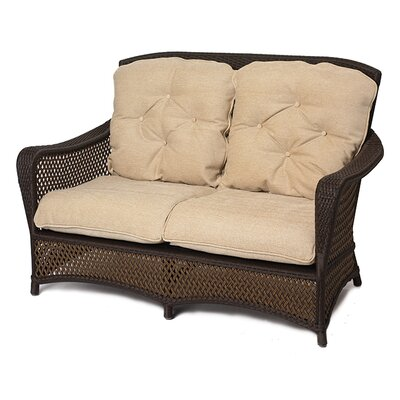 Lloyd Flanders Grand Traverse Loveseat