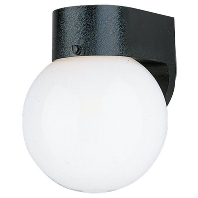 Sea Gull Lighting Outdoor Round Wall Lantern in Black