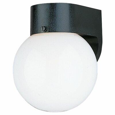 Sea Gull Lighting Outdoor 1 Light Round Wall Lantern