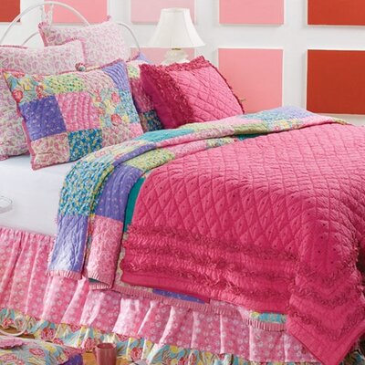 Amity Home Rosette Quilt Collection
