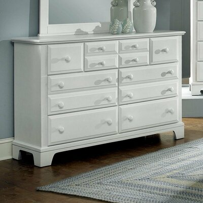 Vaughan-Bassett Hamilton Franklin Triple 7 Drawer Dresser