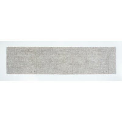 Modern-Twist Table-Runner Linen